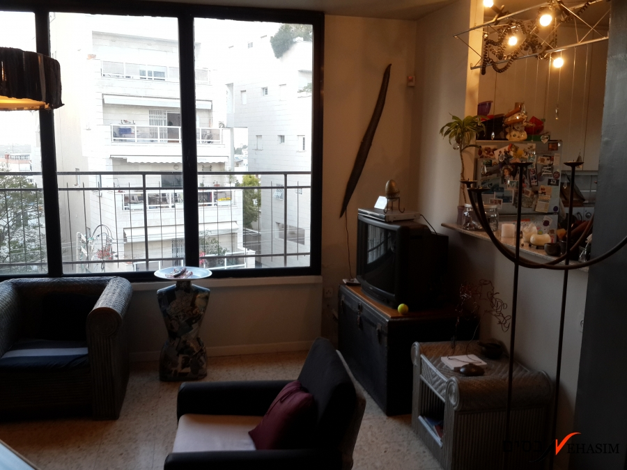 Charming 4 Bedrooms apartment + Roof