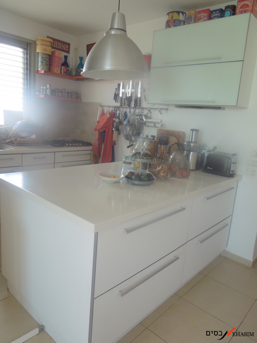 A 3 bedrooms apartment for sale in Ramat-Gan