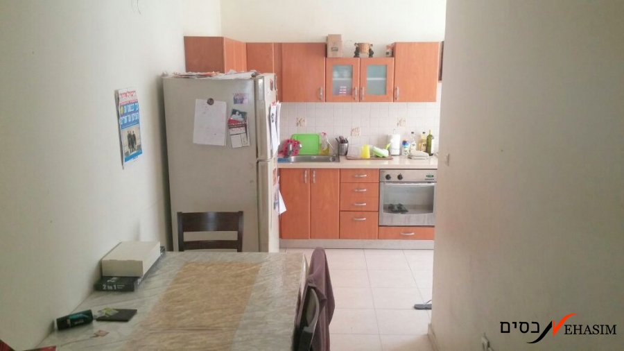 A large 2 bedrooms apartment for sale in Shenkin + parking
