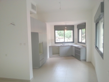new 3 Bedrooms for sale heart of rambam