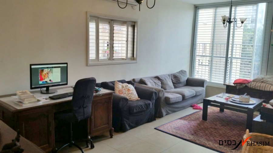 2 bedrooms for sale near the mall